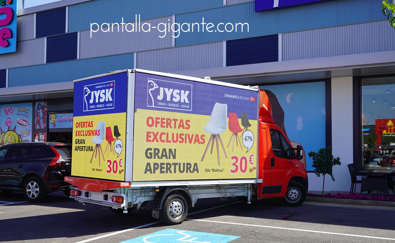 camion-pantalla-led-gigante-movil